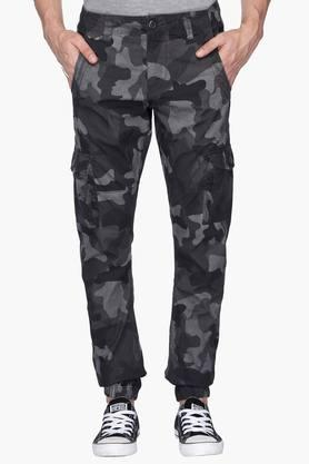 FLYING MACHINE Mens Slim Fit Camouflage Cargos