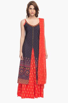 HAUTE CURRY Womens Skirt Kurta And Dupatta Set