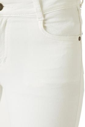 Womens Skinny Fit Mid Rise Zipper Detailing Stretchable Coated Jeans