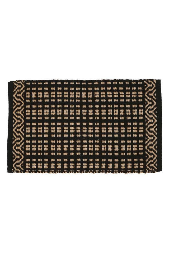 BACK TO EARTH - Black Rugs - Main