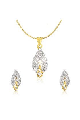 MAHI Gold Plated Drop Pendant Set With CZ For Women NL1100108G