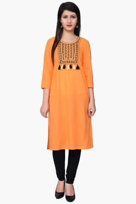 JUNIPER Women Yoke Embroidered Kurta