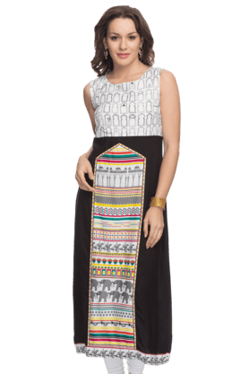 W Womens Sleeveless A-line Kurta