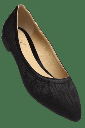 ELLIZA DONATEINWomens Ballerina Slipon Shoe
