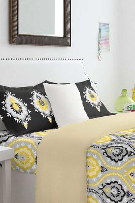 SPACES Cotton Printed Double Bedsheet With Pillow Cover - 201613070