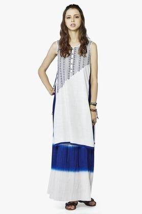 Womens Slim Fit Printed Kurta And Skirt Set