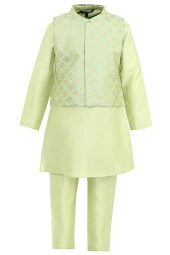 Boys Mandarin Collar Solid Kurta and Pyjama Set with Jacket