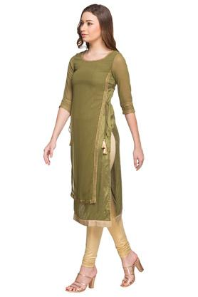 Womens Round Neck Embellished Kurta