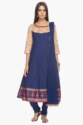 HAUTE CURRY Womens Printed Anarkali Suit