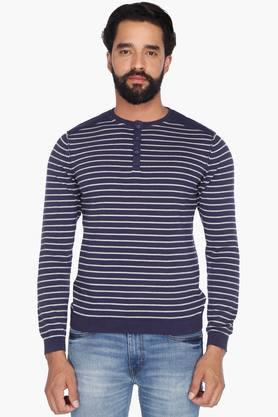 LEVIS Mens Full Sleeves Henley Neck Stripe Sweater