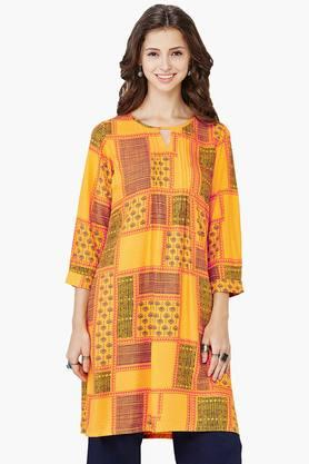 GLOBAL DESI Womens Printed Key-hole Neck Tunic