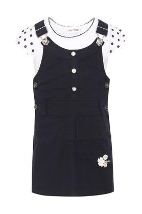 Girls Round Neck Solid Applique Dungaree and Top Set