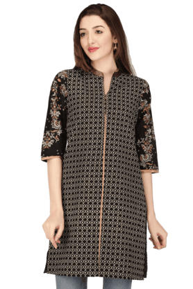 W Women Cotton Embroidered Kurta
