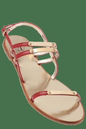 FLAUNTWomens Upper Golden Plate Design Flat Sandal