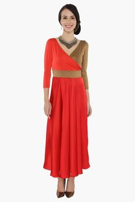 IRA SOLEIL Womens Colour-blocked Kurta And Free Jewellery Set