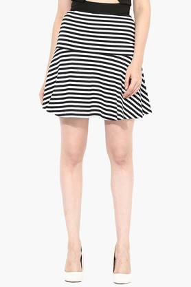 MISS CHASE Womens Striped Short Skirt