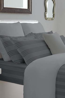 SPACES Forever Classic Stripe Grey 400 TC Cotton King XL Bed Sheet With 4 Pillow Covers