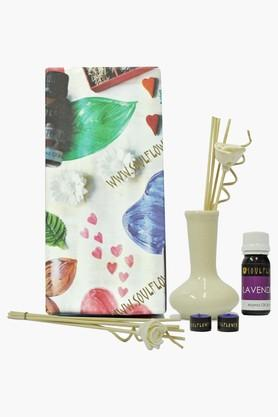 SOULFLOWER Solid Flower Reed Diffuser With Aroma Oil And Candle