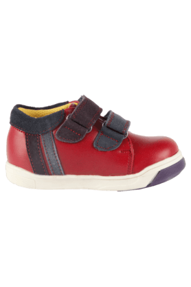 Boys Leather Velcro Closure Sneaker