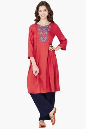 GLOBAL DESI Women Gathered Waist Embroidered Kurta