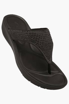 CLARKSWomens Daily Wear Slipon Wedge Sandal