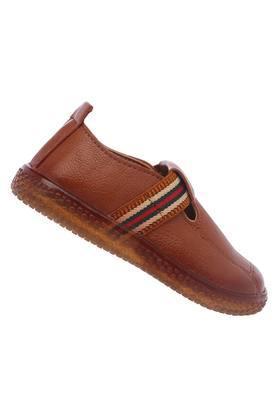 Boys Casual Wear Slip On Sneakers