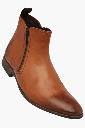 CLARKS Mens Leather Zipper Closure Boot