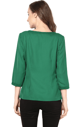 Women Light Weight Short Jacket In Lace Fabric Green Color