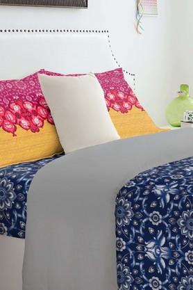 SPACESAtrium Plus Blue Cotton Double Bed Sheet With 2 Pillow Covers