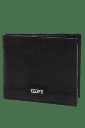 TITANMens Black Leather Bifold Wallet
