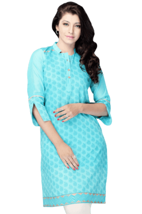 DEMARCA Womens Printed Kurta (Buy Any Demarca Product & Get A Pair Of Matching Earrings Free) - 200936860