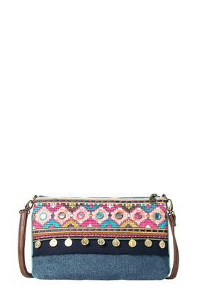 Women Shoulder Handbags