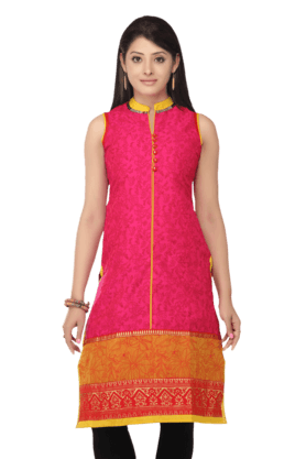 STOP Women Blended And Polyester Floral Printed Kurta