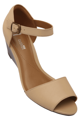 CLARKSWomens Ankle Buckle Closure Daily Wear Wedge Sandal