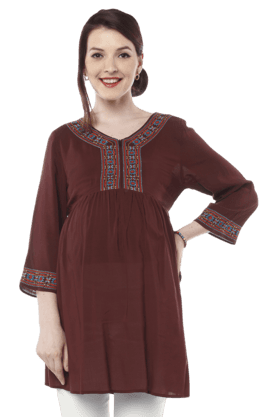 NINE MATERNITY Maternity Nursing Tunic With Embroidery