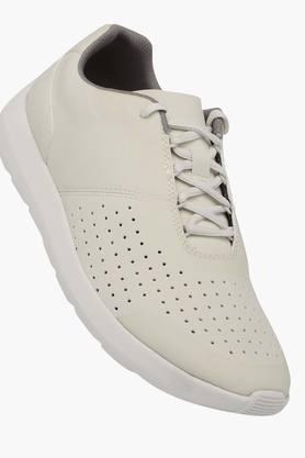 CLARKS Mens Leather Lace Up Sneakers  ... - 202275321
