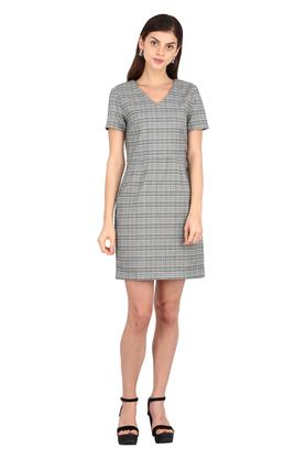 Womens V Neck Check Shift Dress