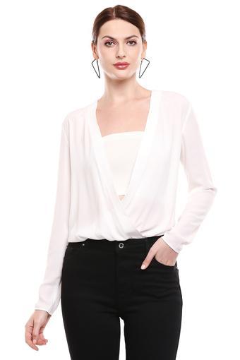 BEBE -  Off WhiteT-Shirts - Main