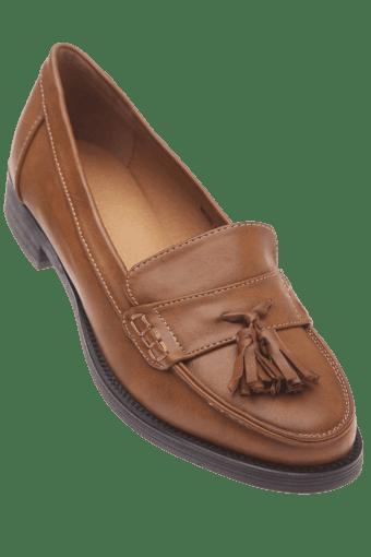 9af94abe9704b8 Buy VAN HEUSEN Womens Casual Loafer Shoe