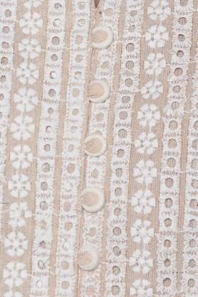 Womens Notched Collar Embroidered Kurta