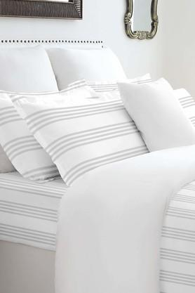 SPACESForever Classic Stripe White 400 TC Cotton King XL Bed Sheet With 4 Pillow Covers