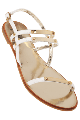 Flaunt: Flat 599/799/999 on Women Footwear