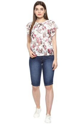Womens 5 Pocket Mild Wash Shorts