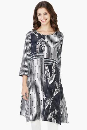 GLOBAL DESI Womens Printed Kurta - 202128156