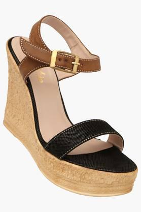 RAW HIDE Womens Casual Ankle Buckle Closure Wedge Sandal