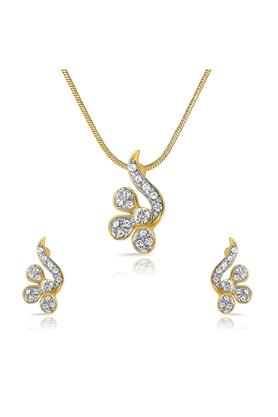 MAHIMahi Gold Plated Awe Inspiring Pendant Set Of Brass Alloy With Crystal For Women NL1101707G