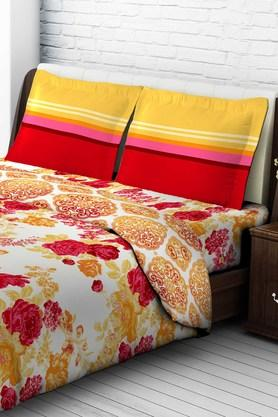 Tomatillo Nature Pure Cotton Double Bedsheet With 2 Pillow Covers - Multicolor