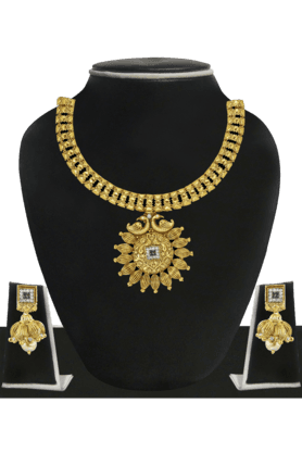 ZAVERI PEARLSWomens Gold Plated Necklace Set