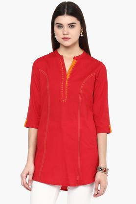 RANGRITIWomens Mandarin Neck Embroidered Solid Kurta - 201504889