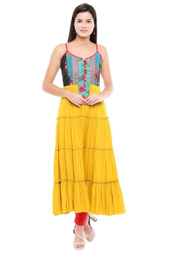Womens Strappy Neck Embroidered Kurta